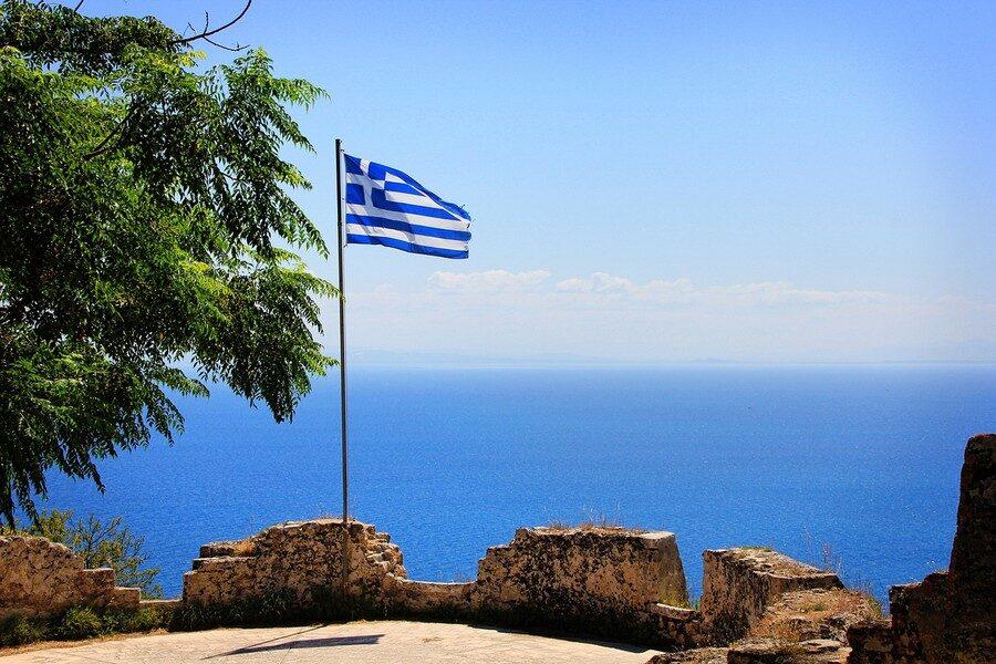 Isola di Zante Bandiera Greca Foto di Greg Montani da Pixabay