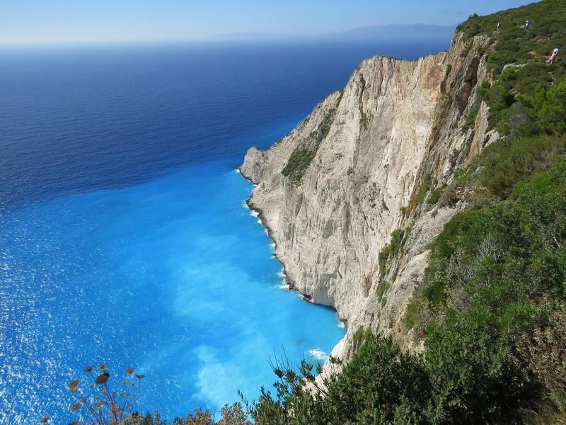 Falesie e mare turchese dell'Egeo Foto di Máté Markovics da Pixabay